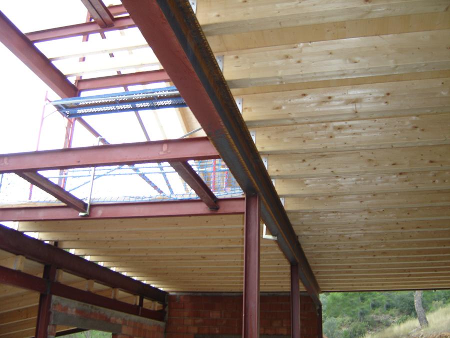 Estructuras de madera montajes pirenaica - Estructura de madera para cubierta ...